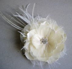 bridal flower hair clip with feathers