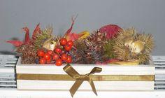 木の葉や木の実を詰め込んで 秋の小箱