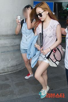 /2013/07/SNSD-Tayeoen-airport-fashion-July-30