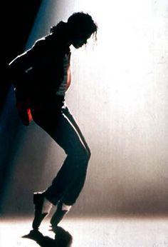 Michael jackson dancing on toes