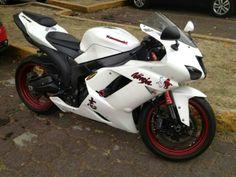 Moto kawasaki ninja 600