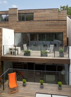 Kebony's first major UK residential build at 25 Hurst Avenue, London. - Image - Design Build Network