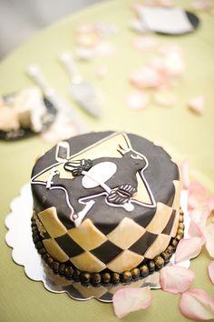 Penguins hockey cake