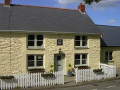 The Old Swan Inn - Holiday Cottage, Pembrokeshire.  18th C. cottage with panoramic mountain views, 5 acres of organic garden, orchard and meadows. www.the-oldswaninn.co.uk