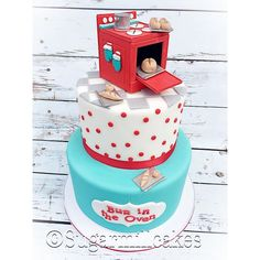 Bun in the Oven baby shower cake