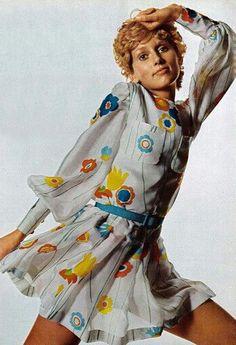 Vintage Fashion Editorial: Berkley Johnston, 1970 Seventies Fashion, 70s Fashion, Colorful Fashion, Fashion History, Fashion Models, Vintage Fashion Photography, Vintage Glamour, Vintage Style, Fashion Images