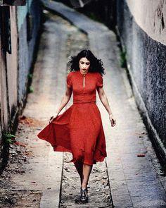 Marisa Monte e o vermelho, combinação perfeita.