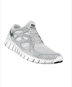367acc6b7b06e Nike free run 2 id (women s training shoes)