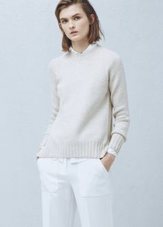 Ribbed edges sweater