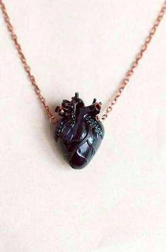 Cute Jewelry, Jewelry Accessories, Jewelry Necklaces, Jewelry Design, Unique Jewelry, Heart Necklaces, Jewellery Box, Heart Jewelry, Diamond Necklaces