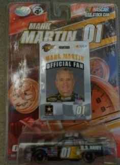 MARK MARTIN #01 U.S.ARMY CAR + MARK MARTIN OFFICIAL FAN BADGE FREE SHIPPING!! Mark Martin, Us Army, Nascar, Martini, Hot Wheels, Diecast, Race Cars, Badge, Fan