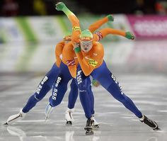 Leading Off: Pictures of the Week - Photos - SI.com - Members of the Netherlands pursuit team skate during competition at the World Cup speedskating event in Utah. The Netherlands won the race and set a new world record.  Read More: http://sportsillustrated.cnn.com/main/photos/1311/leading-off-pictures-of-the-week-111813//18/#ixzz2lH03nrcg