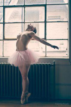 Windows dancer nude