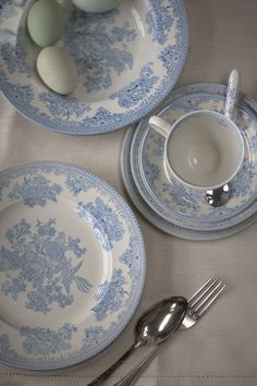 Burleigh pottery has been handmade in England since Learn more about the unique processes used to create our luxury tableware & shop online. Blue And White China, Blue China, Tea Accessories, China Patterns, China Dinnerware, Handmade Pottery, Blue Bird, Tea Set, Plates