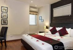 HANOI MOMENT HOTEL II  Property Location With a stay at Hanoi Moment Hotel II in Hanoi (Hoan Kiem) you'll be minutes from Dong Xuan Market and Hang Dau Water Tower. This family-friendly hotel is within close proximity of Bach Ma Temple and Hanoi Old City Gate.R  EUR 31.58  Meer informatie  #vakantie http://vakantienaar.eu - http://facebook.com/vakantienaar.eu - https://start.me/p/VRobeo/vakantie-pagina