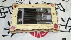 Porta Talheres com vidro e 04 Divs.  Deixe seus talheres mais organizados com este lindo porta talheres! R$ 50,00
