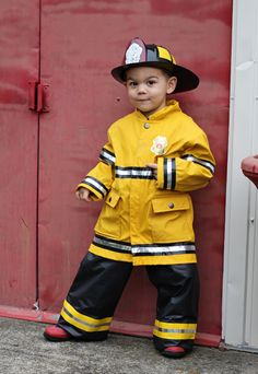 small + friendly: DIY Halloween: A Firefighter + His Dalmatian