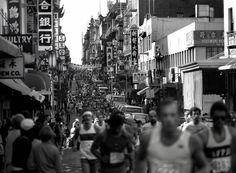 San Francisco Marathon at Grant and Pacific, Chinatown San Francisco (1982) Dave Glass, photog.
