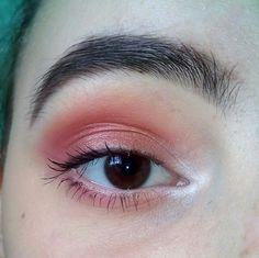 Eye Makeup Tips.Smokey Eye Makeup Tips - For a Catchy and Impressive Look Eye Makeup Tips, Makeup Goals, Makeup Trends, Makeup Inspo, Makeup Art, Hair Makeup, Eyeshadow Looks, Eyeshadow Makeup, Gray Eyeshadow