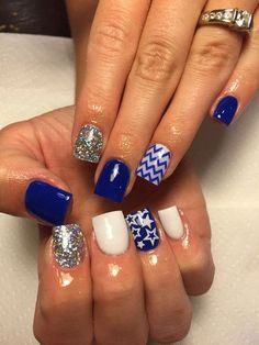 There are three kinds of fake nails which all come from the family of plastics. Acrylic nails are a liquid and powder mix. They are mixed in front of you and then they are brushed onto your nails and shaped. These nails are air dried. Chevron Nails, Blue Nails, Blue Chevron, Aztec Nails, Nautical Nails, Christmas Gel Nails, Holiday Nails, Blue Nail Designs, Best Nail Art Designs
