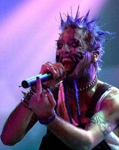 Chad Gray (Mudvayne) I had the biggest crush on this guy growing up. Kinds Of Music, Music Is Life, My Music, Nu Metal, Heavy Metal, Chad Gray, Kerry King, Grey Pictures, Extreme Metal