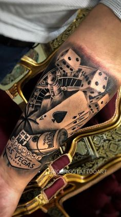 Mob Tattoo, Chicano Tattoos Sleeve, Aa Tattoos, Wolf Tattoo Sleeve, Cute Tattoos, Body Art Tattoos, Tattoos For Guys, Casino Tattoo, Tattoo Las Vegas