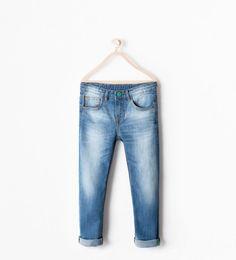 For kids ♥ Baby Jeans, Faded Jeans, Ripped Jeans, Skinny Jeans, Zara Man Shirts, Jean Overalls, Zara Kids, Boy Fashion, Moda Masculina