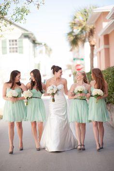 Donna Morgan in short, mint, chiffon. Mint Bridesmaid Dresses, Bridesmaids And Groomsmen, Wedding Dresses, Green Bridesmaids, Wedding Mandap, Wedding Receptions, Perfect Wedding, Dream Wedding, Wedding Day