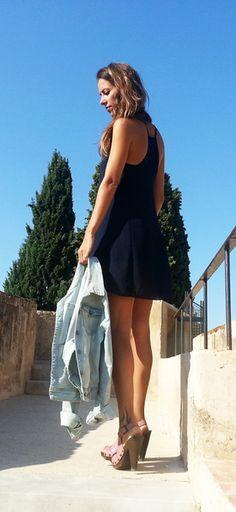 Vestido corto azul http://probandoropa.com/es/vestidos/vestido-corto-azul