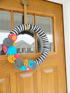 @hollyrupp Make this Bright Summer Wreath for me!!!