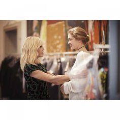 Versace Milan Womenswear 2016 Defilesi www.modablackk.com https://www.instagram.com/modablackk1/ www.provamanken.com