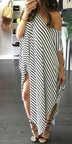 Stripe is always the fashion trend, is also still 2016 trendy. This irregular dress with one shoulder loose style and split on sides is so unique and street style, will make you eye catching with it.