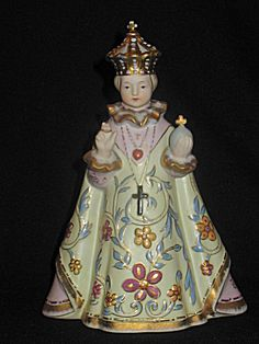 Jesus 'Infant of Prague' Very Decorative Antique Religious Porcelain Hand-Painted Lefton Statue Figurine. Click on the image for more information.