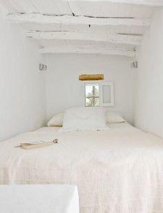 I had a double bed in small space like this a few houses ago, it was fab...like a little cocoon of snuggliness