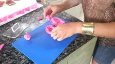 Como fazer laço com pasta americana. - YouTube