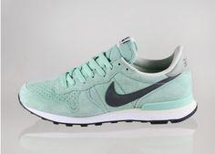 Nike Internationalist Leather (Enamel Green / Midnight Fog - Jade Stone)