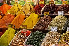 Galata Spice Market in Istanbul, Turkey - http://www.jeffsetter.com/galata-spice-market-istanbul/?utm_source=Pinterest&utm_medium=social&utm_campaign=Galata+Spice+Market+in+Istanbul%2C+Turkey