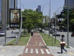 Velocidade de motoristas e pedestresé quase igual na Faria Lima