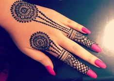 125 Stunning Yet Simple Mehndi Designs For Beginners Simple Mehndi Designs Images, Henna Flower Designs, Henna Tattoo Designs Simple, Mehndi Designs For Beginners, Mehndi Designs For Fingers, Henna Designs Easy, Best Mehndi Designs, Mehandi Designs, Hand Tattoos For Girls