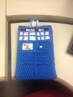 Tardis Ereader Cover Crocheted by alillama88