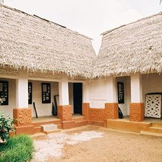 Traditional Ashanti Architecture in Ghana #AfricanArchitecture #Ghana #Ashanti