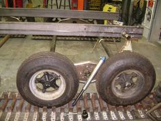 Hudlow Axle is building a Tank. Hors Route, Pinion Gear, Weird Cars, Electric Cars, Some Pictures, Cars And Motorcycles, Offroad, Metal Working, Tractors