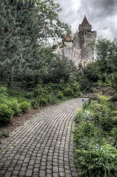 At Casa Loma Castle, Toronto, 3 June 2012. Great for weddings.Went to a wedding there..It's breath taking..