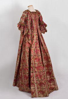 18th Century Clothing at Vintage Textile: #2019 Robe a la francaise