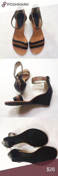 """NWOT Black & Tan Back Zip Ankle Strap Wedges Never worn. Excellent condition. 3"""" heel. Gold tone back zipper detail. Comes from a smoke- and pet-free house. 15% discount for bundles of 2 or more items! Tommy Hilfiger Shoes Wedges"""
