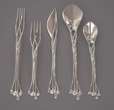 3D Printed Flatware - Just one glance at this set of 3D printed flatware and it's hard not to think of the Elven outposts in Lord of the Rings. Unless, of course, ...