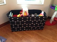 Thirty one gifts. Room to grow utility bin. Big dots. Toy storage. Hostess exclusive. Fall 2013. www.mythirtyone.com/lorikuramoto