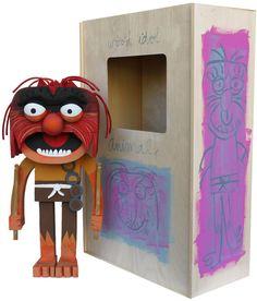 "AMANDA VISEL – ""Wooden Muppet Idol Sculptures""| The Hype BR"