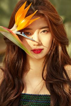 Suzy (수지) is a South Korean singer and actress currently under Management SOOP. She was the maknae of the girl group miss A. She made her solo debut on January 2017 with her first mini-album Yes? Bae Suzy, Korean Beauty, Asian Beauty, Korean Girl, Asian Girl, Korean Women, Miss A Suzy, Foto Pose, Korean Celebrities