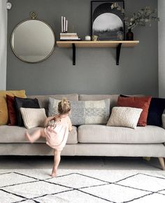 83.7k Followers, 5,387 Following, 2,910 Posts - See Instagram photos and videos from Eimear Varian-Barry (@eimearvarianbarry) Sitting Room Decor, Love Seat, New Homes, Couch, Interior, Followers, Posts, Inspiration, Sofa